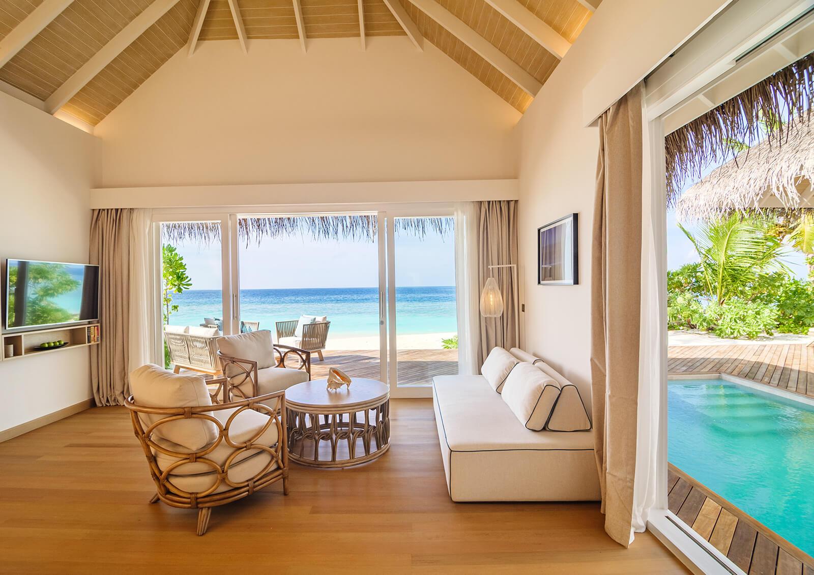 Pool Beach Suit Villa