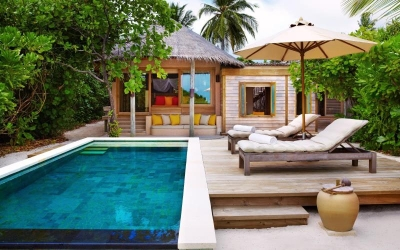 BEACH FAMILY VILLA WITH POOL Image