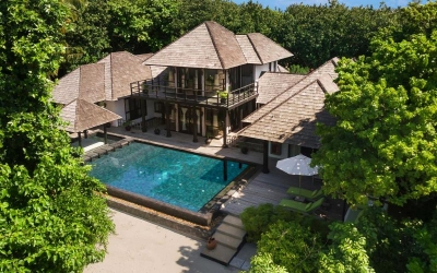 TWO BEDROOM BEACH RESIDENCE WITH FAMILY POOL AND PRIVATE POOL Image